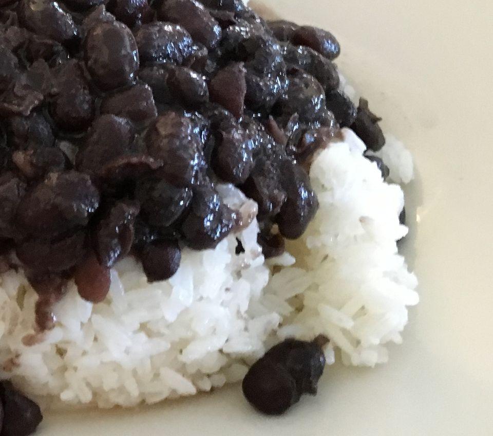 Easy homemade black beans