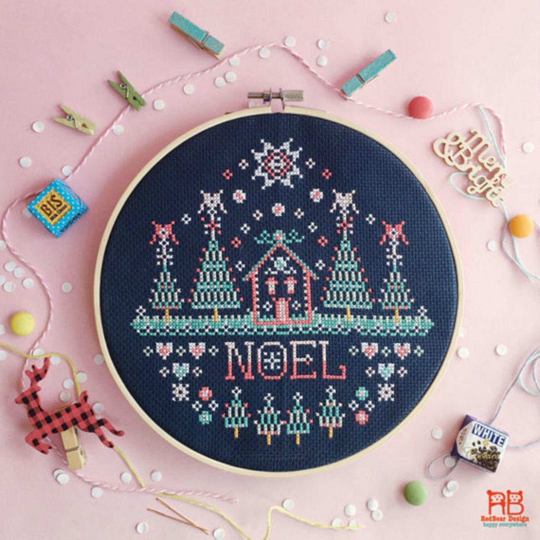 9 Christmas Themed Cross Stitch Patterns