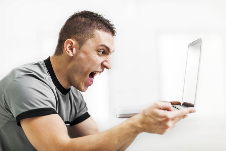 Online 'haters': people who transmit intolerance and anger towards others