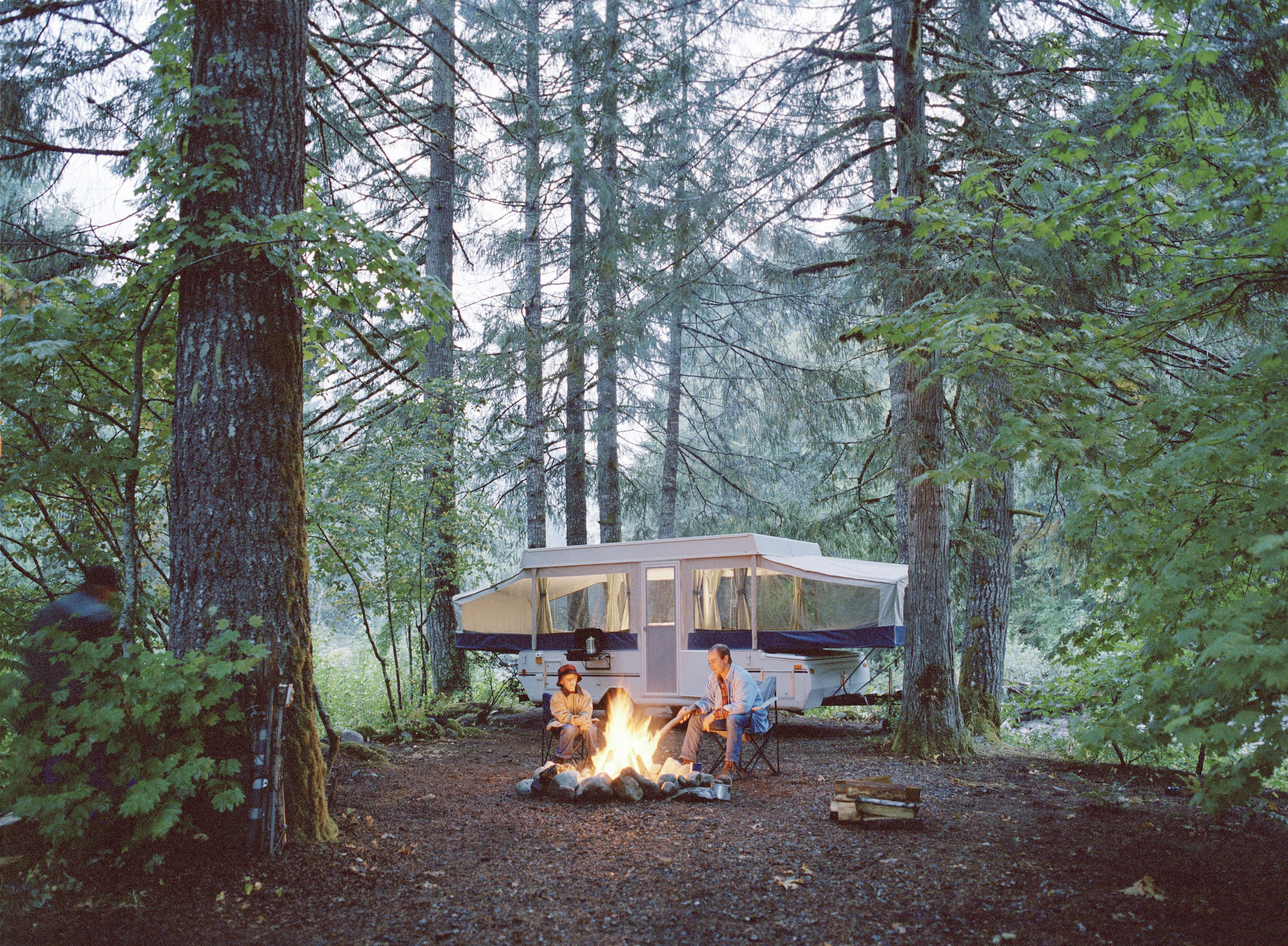 outdoor concerts and festivals with camping