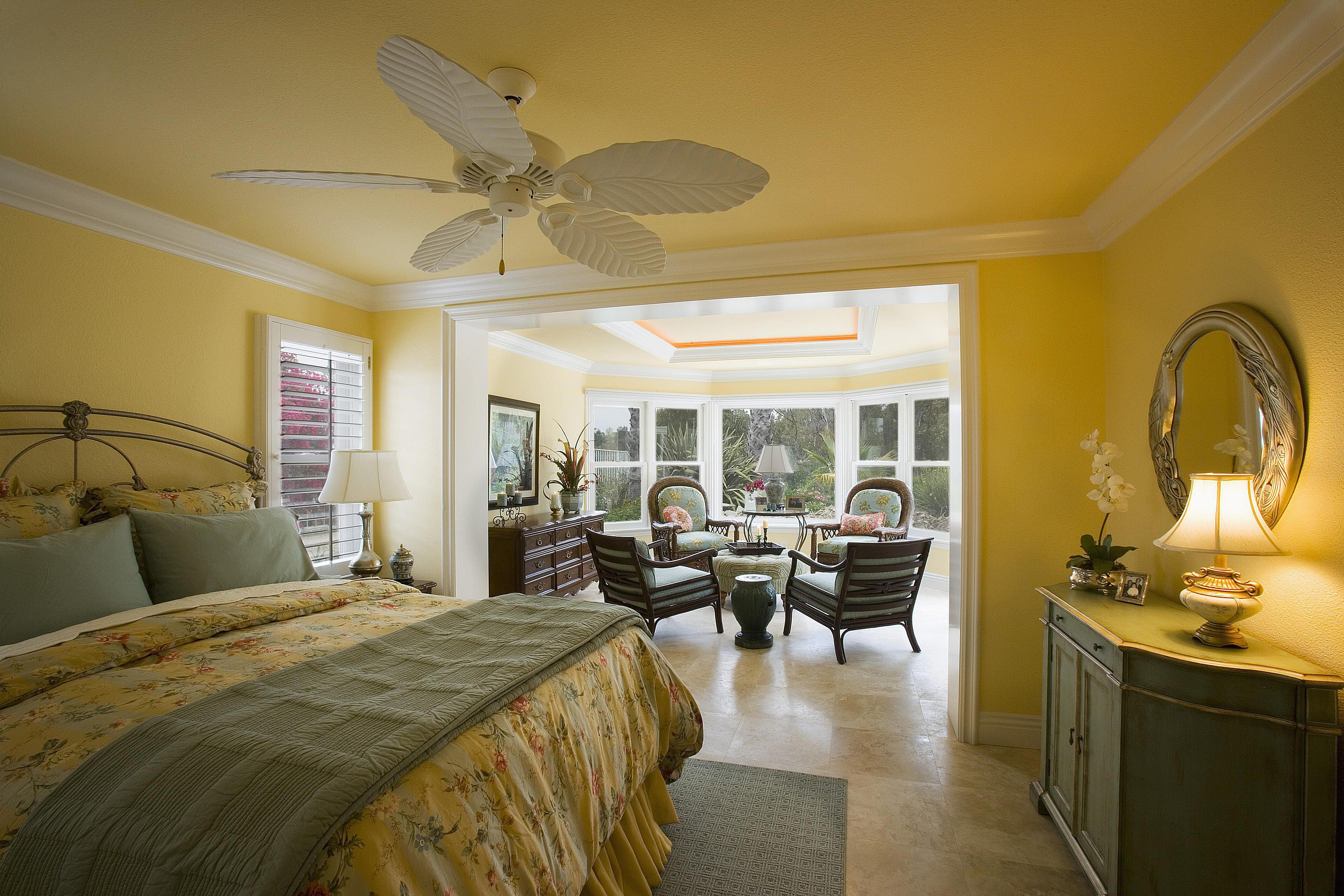the 60 30 10 color rule - Yellow Bedroom Design