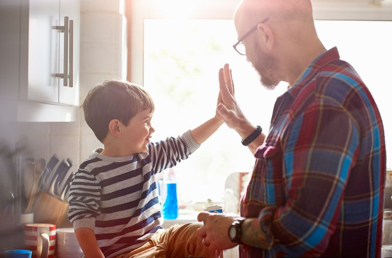 Effective parents give their kids plenty of positive attention.