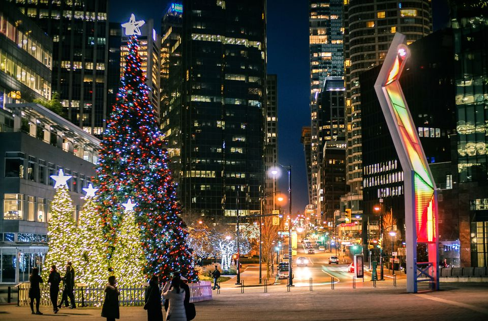 6 Places To See The Christmas Lights In Vancouver - Christmas Lights Christmas Tree