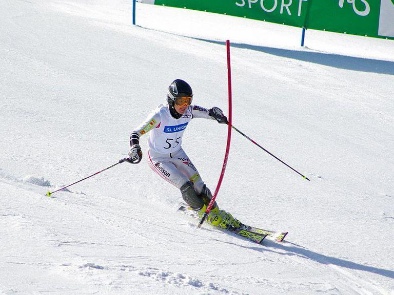 Roland Leitinger practicando esquí alpino