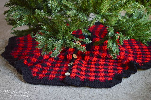 Plaid Tree Skirt Free Crochet Pattern