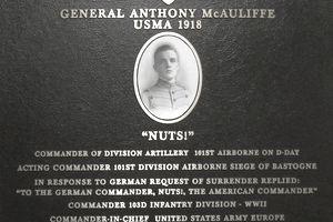 General McAuliffe - Never Surrender