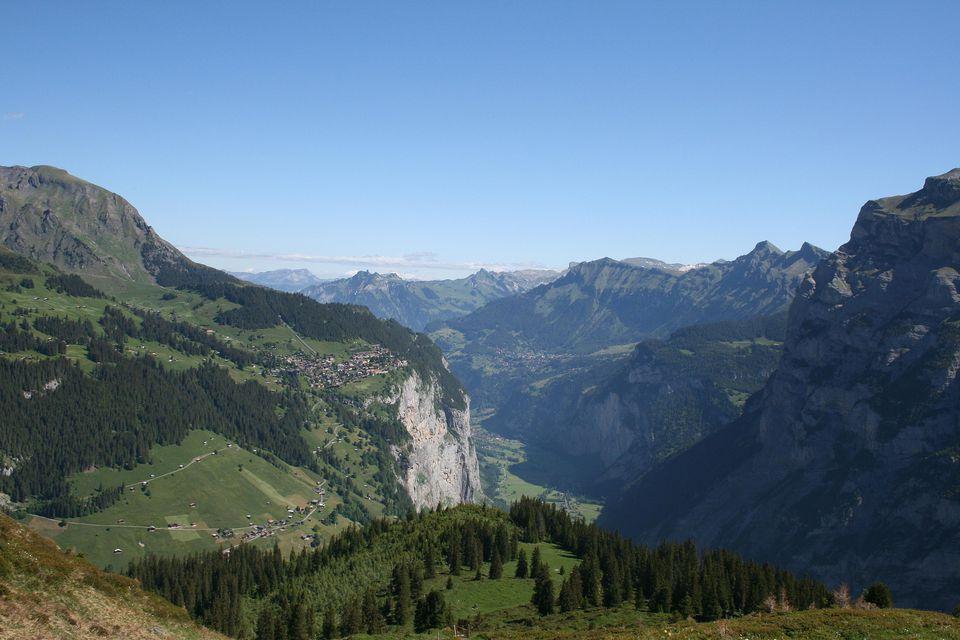 Hiking in Lauterbrunnental, Switzerland
