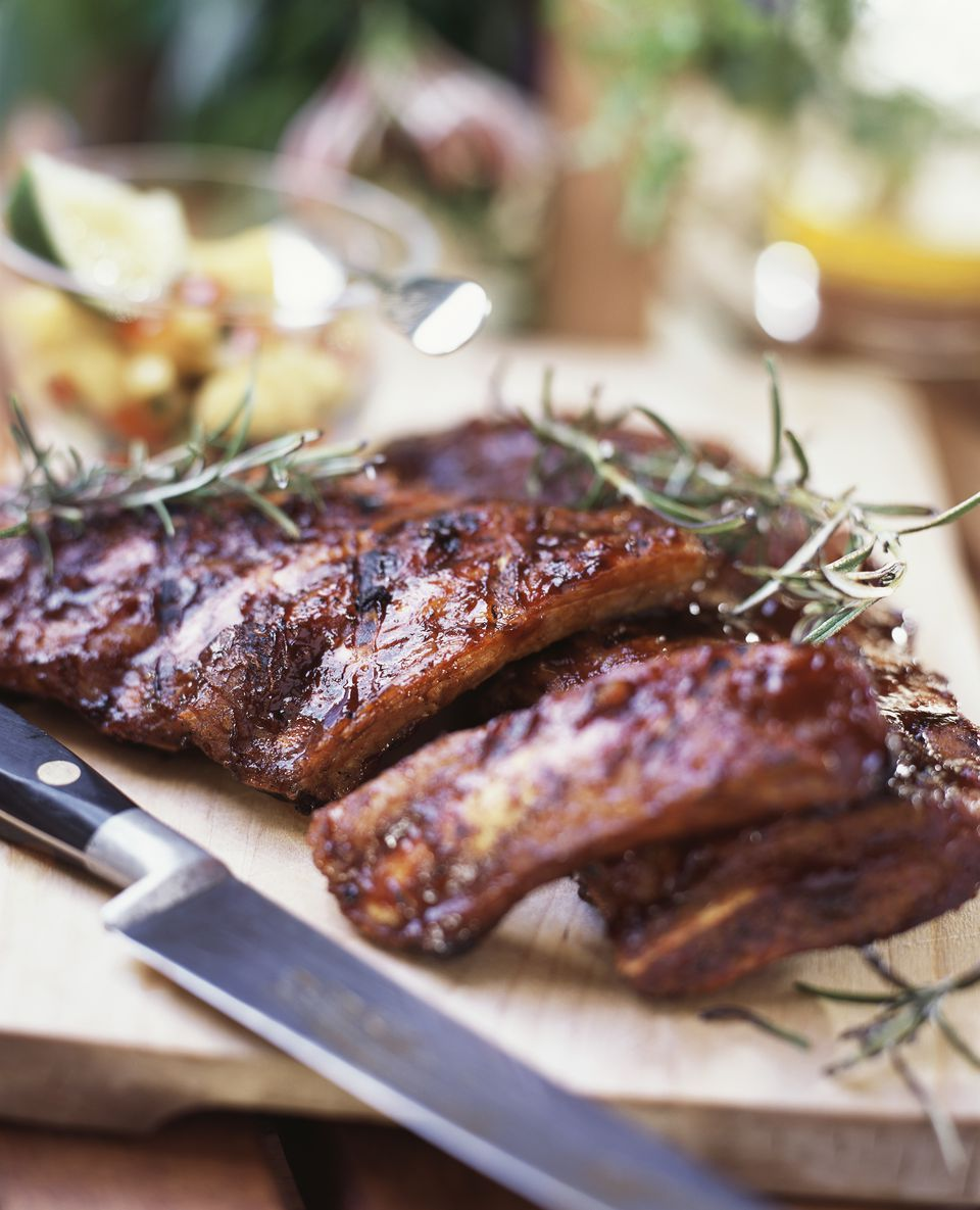 Grilled spare-ribs with rosemary