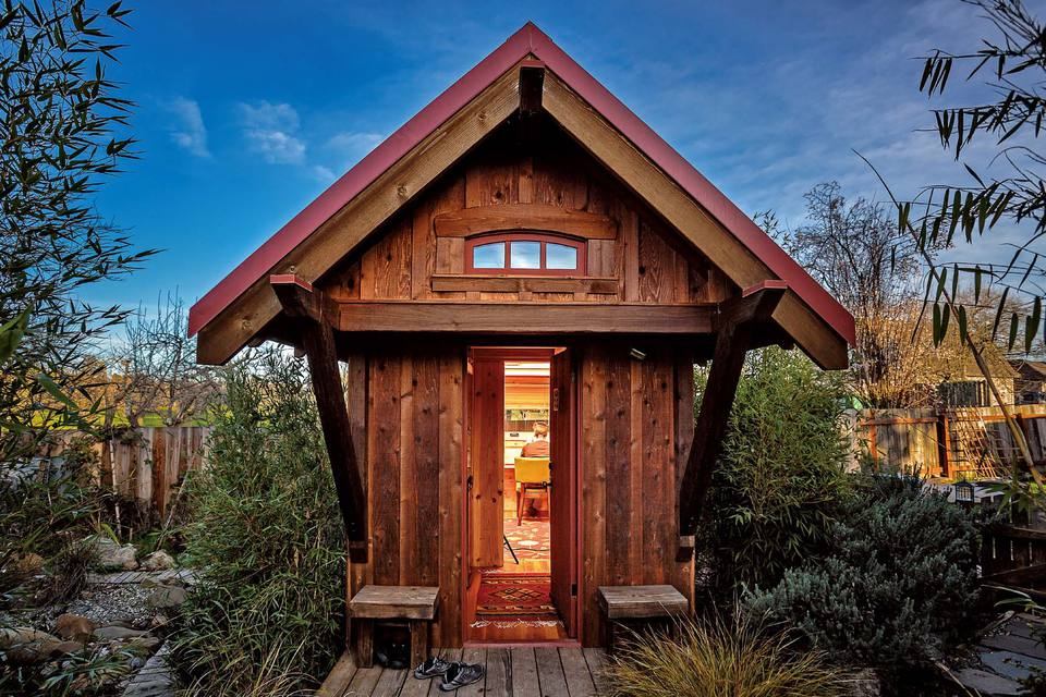 18 small cabins you can diy or buy for 300 and up for Four lights tiny house plans