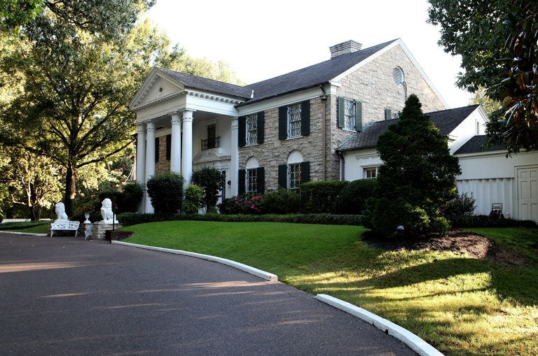 Classical Revival Home of Elvis Presley, Graceland Mansion, Entrance from the South