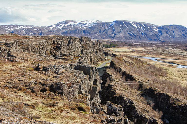 Tectonic plates pulling apart at a rift
