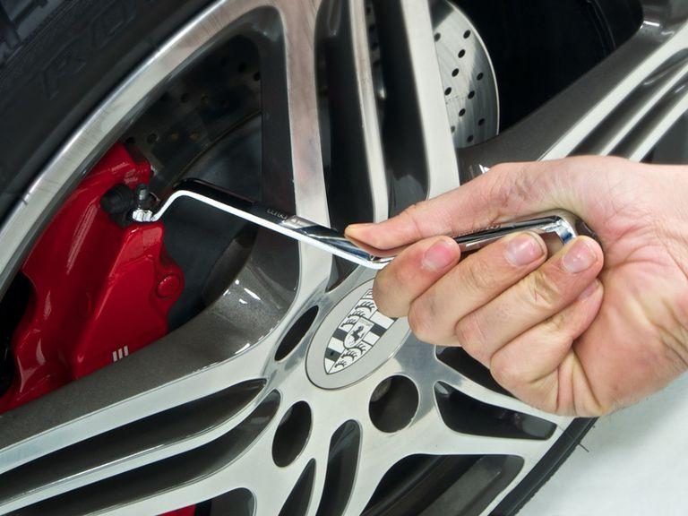 brake bleeding wrench