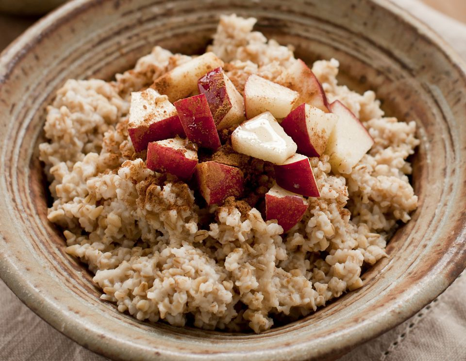 Breakfast ideas and recipes for a raw vegan diet raw vegan soaked oatmeal with apples and cinnamon forumfinder Gallery