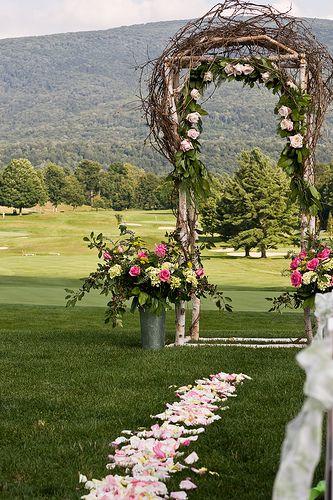 Outdoor Wedding Flower Ideas For A Beach