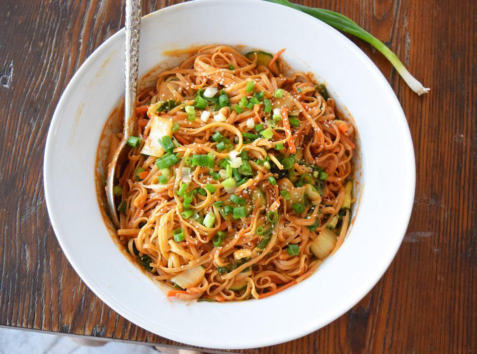peanut thai noodles