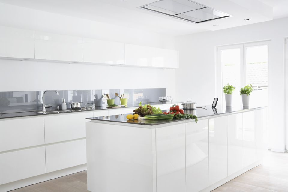 white kitchen glass backsplash what is a glass sheet backsplash 22711